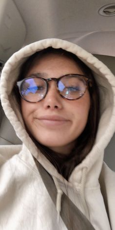 Cute Glasses Frames, Fake Glasses, New Glasses, Girls With Glasses, Glasses Outfit, Wearing Glasses, Cute Sweatpants Outfit, Glasses Trends, Baby Girl Hairstyles