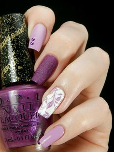 There are nail designs that include only one color, and some that are a combo of several. Some nail designs can be plain and others can represent some interesting pattern. Also, nail designs can differ from the type of nail… Read more › Fabulous Nails, Gorgeous Nails, Pretty Nails, Fancy Nails, Love Nails, My Nails, Pink Nail Art, Purple Nails, Purple Ombre