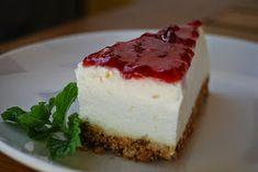Sumário : Cheesecake da M.   Este cheesecake é da autoria de uma descendente das storas na cozinha.       1 pacote de bolacha torrada ou M...