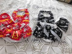 CHICAGO CUBS Diaper cover set.Ruffled bloomers /& hair bow set,sports team diaper cover hairbow gift set,ruffle diaper cover sports gift set.