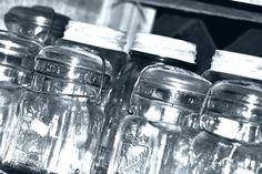 Mezclas de alimentos para conservas caseras | eHow en Español