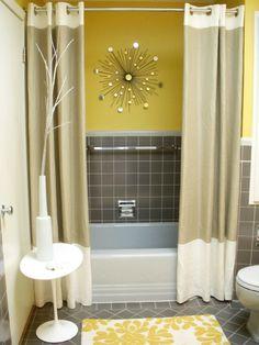 diseño de baños de color amarillo