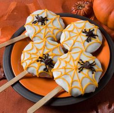 EDIBLE FOOD DESIGNS IMAGES | Creepy Halloween Ideas, 15 Edible Decorations for Halloween Party ...