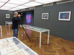 """Hoje Romulo Fialdini esteve aqui no Instituto De Arte Contemporânea para fotografar nossa exposição que está em cartaz """"Fiaminghi - Pensamentos Compostos"""".   #iac #institutodeartecontemporânea #iacbrasil #exposição #hermelindofiaminghi #fiaminghi #romulo #romulofialdini #fotografia #emcartaz #belasartes #timebelasartes #muba #sp #vilamariana"""