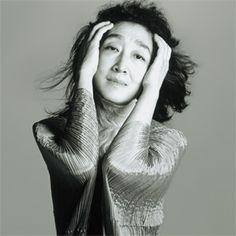 Mitsuko Uchida - DR, piano / 25 janvier 2014