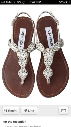 Beach bridal shoes for the girls maybe. The sand can get hot. Scarpe Sandali 5ab0ae5057b