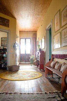 Beautiful wood floor. Entry. Foyer