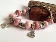Pink charms bracelet/ Romantic beads bracele/ от ElenaVorobey