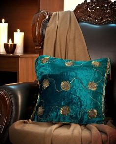 Mamta Dewan-Decorative cushions-BIW00000258