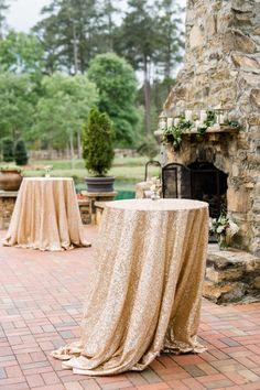 Blush and gold wedding ideas. Cocktail wedding dec…
