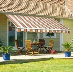 Utiliza nuestra tela de toldo para ganar comodidad y disfrutar de tu espacio con los tuyos. Imágen: google imágenes #toldo #verano #tejidos #jardin