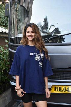 Happening beauty Disha Patani in black shorts Disha Patni, Shiva Lord Wallpapers, Beautiful Indian Actress, Black Shorts, Indian Actresses, Art Girl, Cute Couples, Bollywood, Celebs