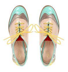 Zapatos Oxfords Bass creación de Rachel Antonoff semi transparentes! Un hit para usarlos de día y noche ;)