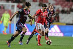 O Benfica venceu o Chaves, por 3-1, esta sexta-feira à noite no Estádio da Luz, em jogo da 23.ª jornada da Liga.