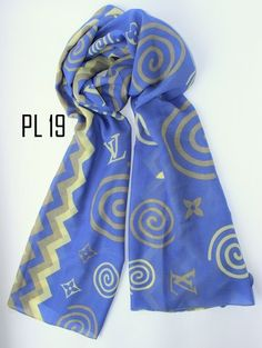Pashmina Paris Silk *Best Seller* IDR 58000 Detail: bahan paris silk (lembut dan tidak licin) ukuran 70x180cm tepi dijahit rapi