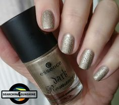 Searchin 4 Sunshine: [Nails] Specialties mit essence dark romance 04 GOTHIC GOLD