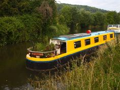 cruiser stern narrowboat for sale Barge Boat, Canal Barge, Canal Boat, Shanty Boat, Make A Boat, Boat Painting, Floating House, Narrowboat, Ocean Waves