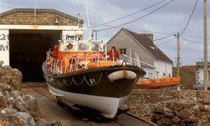 Restaurations de bateaux du patrimoine en bois avec Chantier du Guip