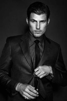 Travis Van Winkle. 13/09/29. Travis Van Winkle, Good Looking Actors, Man Candy, Hot Guys, How To Look Better, Husband, Eyes, Fictional Characters, Fantasy Characters