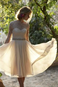 Love this romantic, boho wedding look from BHLDN