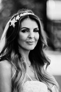 svadobná fotografka z Bratislavy - hmfoto. Crown, Fashion, Moda, Corona, Fashion Styles, Fashion Illustrations, Crowns, Crown Royal Bags