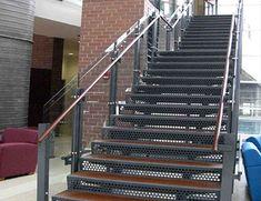 escada-metalica.jpg (390×300)