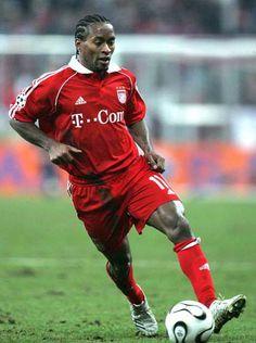 Good Soccer Players, Best Football Players, Neuer Goalkeeper, Ze Roberto, God Of Football, Best Player, Munich, Fifa, Champion