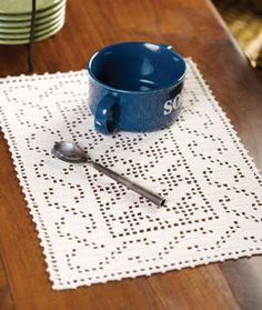 Celtic Placemat in Red Heart Aunt Lydia's Classic Crochet Thread Size 10 Natural - LC2119