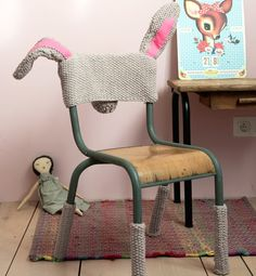 "cadeiras ""fantasiadas"""