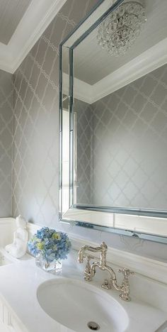 1000 images about wallpaper on pinterest farrow ball for Bathroom wallpaper wall coverings