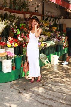Shop this look on Kaleidoscope (dress, pumps, hat)  http://kalei.do/WFMbF45ibz6oXq0x