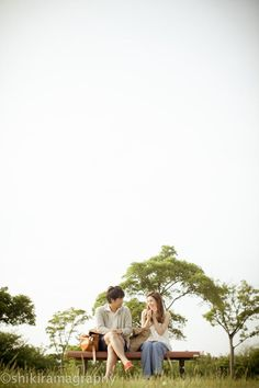 エンゲージメントフォト0028 Couple Posing, Couple Shoot, Marriage Images, Santorini Wedding, Ulzzang Couple, Pre Wedding Photoshoot, Photo Reference, Pregnancy Photos, Cute Couples