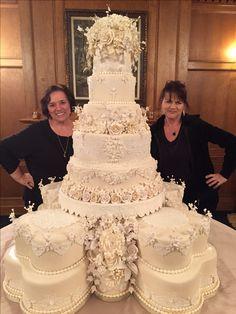 Large royal like wedding cake by Sweet Southern Ladies Designer Cakes.Large royal like wedding cake by Sweet Southern Ladies Designer Cakes.Loved by Ghiselani Big Wedding Cakes, Amazing Wedding Cakes, Wedding Cakes With Cupcakes, Elegant Wedding Cakes, Elegant Cakes, Wedding Cake Designs, Wedding Cake Toppers, Cupcake Cakes, Extravagant Wedding Cakes