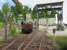 Model Train Layouts, N Scale, Model Trains, Scenery, Construction, Models, Dioramas, Electric Train, Model Train