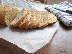 paine low carb din faina fara carbohidrati Low Carb, Keto, Bread, Recipes, Food, Meal, Food Recipes, Essen, Rezepte