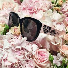 Instagram media harrods - The sun is shining in #London today and to celebrate we are wearing a pair of @dior's 'rose-tinted' sunglasses... #HarrodsFlowers (First Floor)