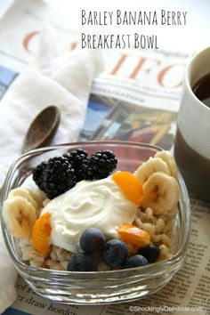 Move over oatmeal! Barley is the new breakfast grain, and this Barley Banana Berry Breakfast Bowl dresses it up nicely, on ShockinglyDelicious.com