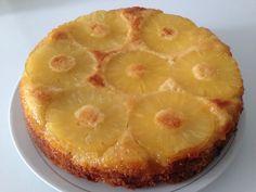 """750g vous propose la recette """"Gâteau ananas caramélisé"""" notée 4.3/5 par 4 votants."""