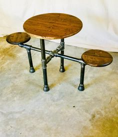 Table Diy, Pipe Table, Wood Table, Industrial Design Furniture, Industrial Table, Furniture Design, Industrial Bookshelf, Kitchen Industrial, Industrial Lighting