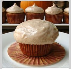 Pumpkin Cupcakes With Cinnamon Cream Cheese Frosting! Great Autumn Flavours!!