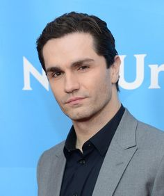 Sam Witwer, how I miss thee on Once Upon A Time.
