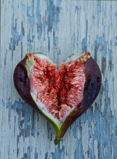 Heart Fig Beautiful colors -- second to the firey bursting colors in a blood orange