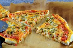 Thin Pizza Crust Recipe - Genius Kitchen