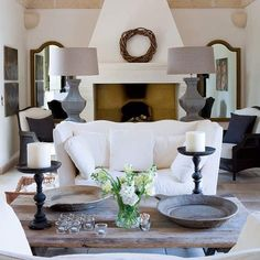 Living room, love the lamps