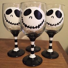 Painted Jack Skellington Wine Glasses. Just love the way they came out