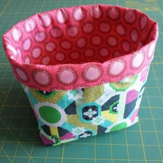 Simple tutorial for making a fabric basket