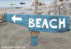 With summer nearing..., you might want to make a beach sign! Get inspired by this selection!