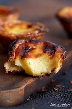 the authentic Portuguese Custard Tarts recipe, used by a bakery in Lisbon. Use the 6 tips provided in the recipe to make a perfectly crisp and nicely browned custard tart without hassle. Portugese Custard Tarts, Portuguese Custard Tart Recipe, Portuguese Egg Tart, Portuguese Desserts, Portuguese Recipes, Tart Recipes, Sweet Recipes, Cooking Recipes, Egg Recipes