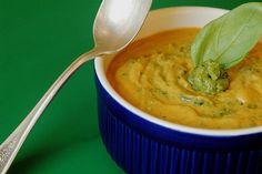 Raw Tomato Pesto Soup