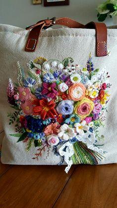 new brazilian embroidery patterns Hand Embroidery Flowers, Embroidery Bags, Folk Embroidery, Modern Embroidery, Hand Embroidery Patterns, Cross Stitch Embroidery, Embroidery Tattoo, Embroidery Supplies, Machine Embroidery
